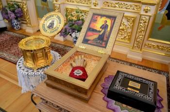 Мощи в храме