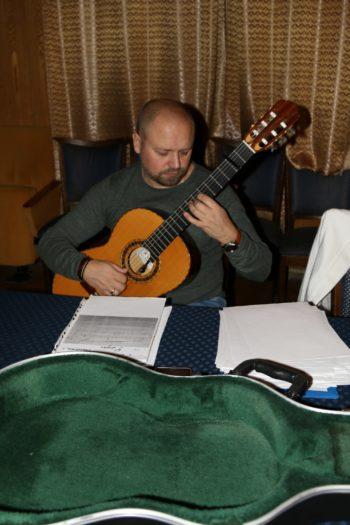 Гитарист Светланы Копыловой - Дмитрий Колтаков